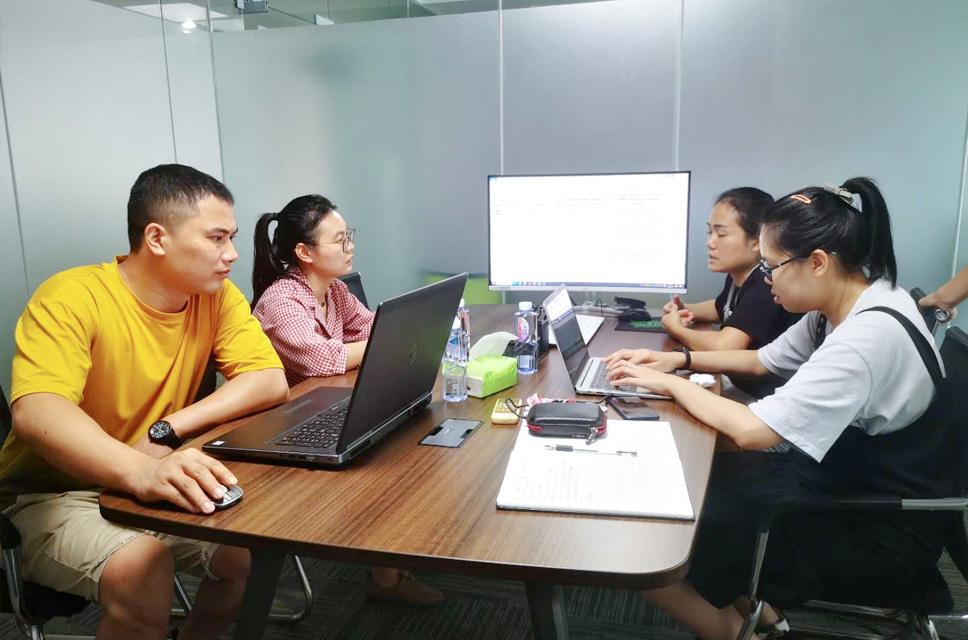 客户来访讲解公司及行业